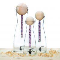 5 en 9 liter waterkaraf met ZirbenKugel met staaf edelstenen - ZirbenFamilie - proef zuiver water